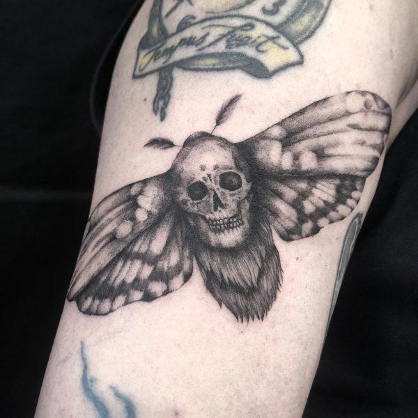 Tatuajes de polillas en Valencia
