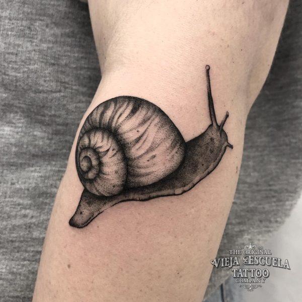 caracol tatuaje
